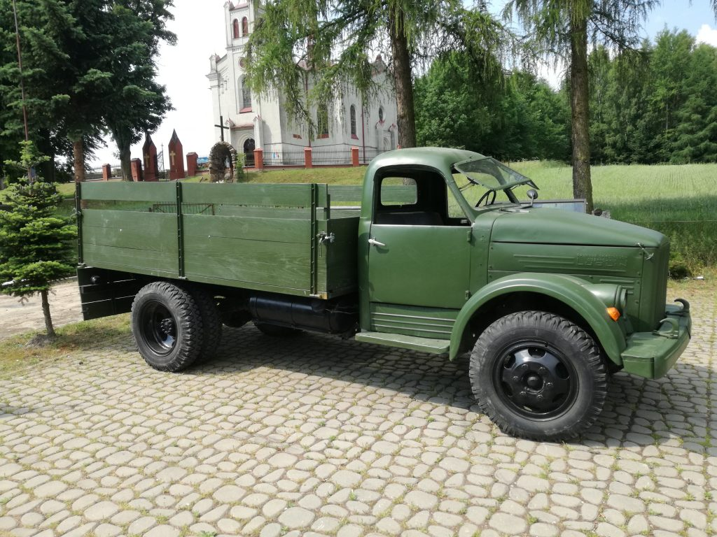 Samochód Ciężarowy GAZ 61