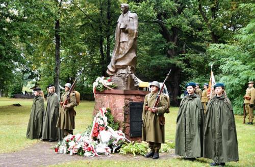 81 Rocznica Zakończenia Walk Zgrupowania płk. T. Zieleniewskiego, Momoty Górne, 27 września